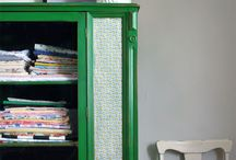 Home Decor | Emerald Green / Home decor ideas and inspiration using shades of Emerald Green