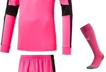Puma Goalkeeper Jerseys/Sets