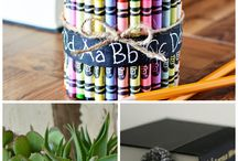 DIY Projects & Crafts / The best crafts and DIY projects I can't wait to try. / by Holly Homer