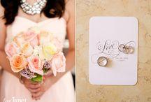 Bridal Bouquets / Bridal & Bridesmaids Bouquets