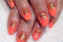 Nail Invasion / All things nails.