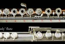 Right Hand Only flute / This flute is designed to be played entirely by the right hand.