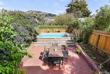 Beautiful Backyards / Backyards in San Francisco are so beautiful with decorations, plants, and even pools!