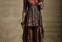 Folklore fashion styling