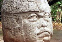 Коллекция артефактов культуры Мезоамерики