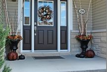 Home: curb appeal / by Nicole McElroy