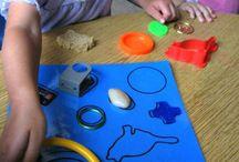 Montessori - smyslová vých.,praktický,kosmická