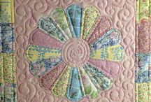 sewing/quilts / by Jodi Manders