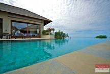 Villa Karang Bali, Ungasan / Villa Karang Bali is an oceanfront villa. Sits on a cliff with 180 degrees view of the Indian ocean. This villa boasts 4 luxurious bedrooms and an infinity edge swimming pool. You will be able to enjoy a quiet and pleasant atmosphere during your stay at Villa Karang Bali. With a magnificent view and cool breeze, Villa Karang Bali is also a perfect venue to hold your intimate wedding or event.