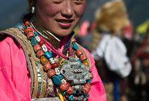 Tibet öltözet