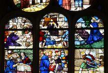Vitraux st Yves / Vitraux sur saint Yves.