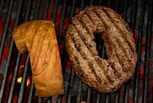 Help Yourself to Summer / Aunt Millie's is a great way to Help Yourself to Summer with Hamburger and Hot Dog buns.