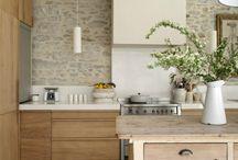 Kitchen / 부엌