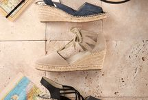 Featured Footwear / Discover our top picks from the best comfort footwear brands in the world!