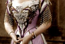 British Royals / Kuninkaalliset Britanniassa