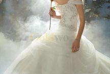 Romantic Fairy Tale Wedding Dresses / Getting wedding dress ideas!