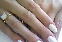 Ślubny manicure