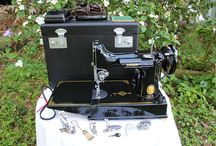 Foxtail Featherweights and Treadles / Refurbished Vintage Featherweight and Treadle Sewing Machines