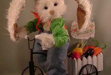 Available Bunnies from Cobblestone Creations / Bunnies made by bear artist  http://cobblestonecreations.net/shop/shop.htm
