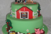 Cakes / by Edna Hallsey