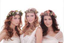 Penteado de Noiva e Acessórios - Casamentos / Ideias de penteados de noiva : coque, meio preso, rabo de cavalo, cabelo solto com ondas...