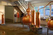 Myken Distillery / Beautiful copper pot stills. Pot stills, hoga company; http://www.hogacompany.com