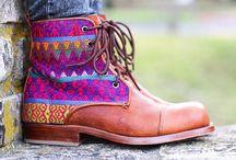 Take A Walk In My SHOES / by Amanda Kilpatrick