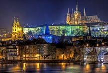 Praga y Viena / Dos ciudades con unos patrimonios inigualables. Lugares especiales considerados centros culturales mundiales.