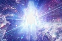 The Crystalline Light Body / Activate Your Crystalline Light Body with the help of our divine light family