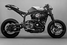 Motorcycles & Cars / by Hektor Salinas R