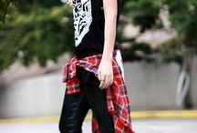 Grunge Punk Rock outfits / #punk #rock #grunge #studs #leather #denim #fashion #outfits