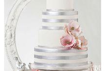 Wedding cakes / by Rebecca Fortenbacher