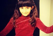 Latifa HRM 1 / Latifa bint Hamdan bin Rashid Al Maktoum, 17/02/1994.  - Padre: Hamdan bin Rashid bin Saeed Al Maktoum. - Madre: Um_Rashid