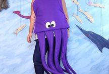Costumes school prod
