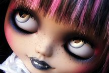 Vampire dolls ;)