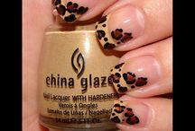 Makeup&nails / by Logan Victoria