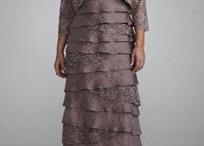 dresses 4 wedding / by Darlene Morey