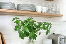 kitchen exposed shelves