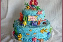 Mermaid Theme Birthday Party Ideas / DIY ideas and tips for mermaid theme birthday parties and celebrations!
