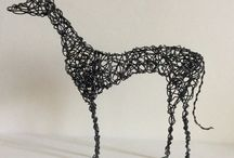 Liz Wellby - wire sculpture / Small scale wire works