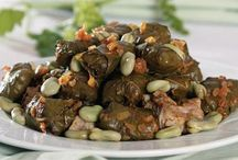 Tokat yöresel yemeklerinin baştacı baklalı sarma tarif için www.tazeyaprak.com