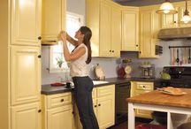 Grey-yellow kitchen