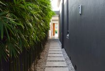 Side pathway