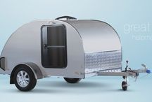 Alpha Cargo Mini-Caravan / One can appreciate mini-caravan Alpha Cargo model especially as additional storage space for travelling. Take all your favourite sports equipment with you on your vacation, or use this mini-caravan as a mobile workshop. Or add a mattress and your mobile bedroom will follow you wherever you go.