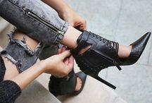 Zapatolandia ...mi paraíso / Los zapatos son mis perdición