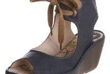 Shoes..Sandals..Flats..Gladiators..