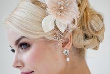 Wedding earrings & accessories