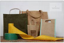 Bolsas para comercios / Bolsas para utilizar en comercios y empresas, realizadas con fibras naturales como el algodón y el yute; ecológicas y 100% biodegradables.