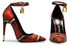 Shoes. / Women's shoe trends / by Justyna Baraniecki