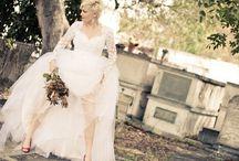 Wedding Shoot in Key West Cemetery / Alternative Wedding Photo Shoot